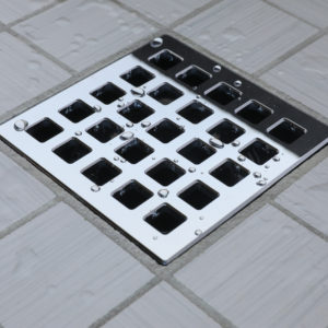 GRATE DEAL - QUADRA - Polished Chrome