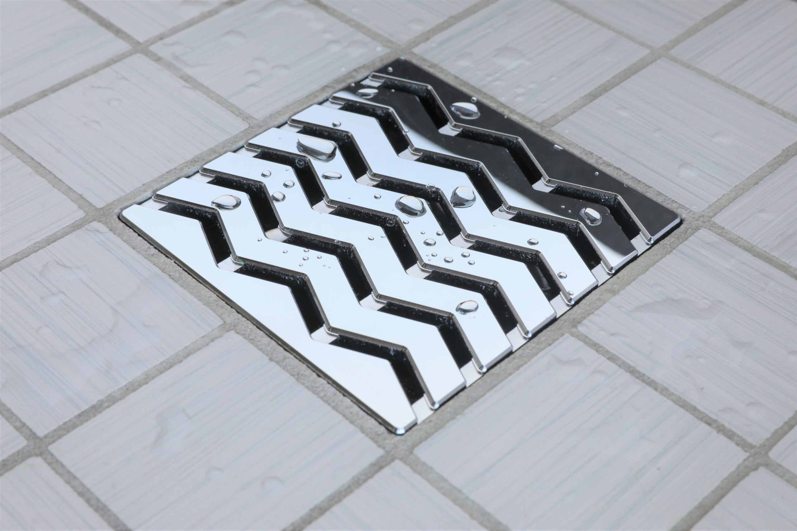 E4816-PC - Ebbe UNIQUE Drain Cover - TREND - Polished Chrome - Shower Drain - e
